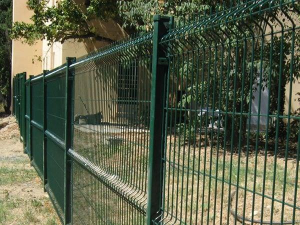 Clôture traditionnelle-Kopal-Betafence-giardino-pose de cloture ...